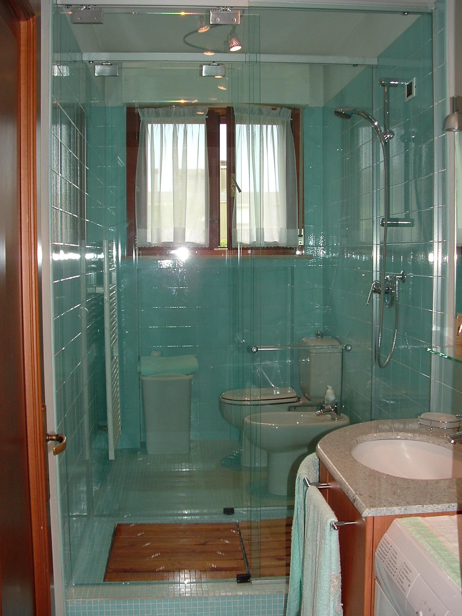 Box doccia scorrevole in nicchia vetroparma - Box doccia parma ...