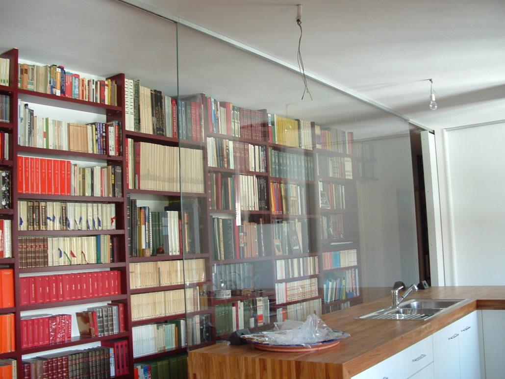 Vetrata divisoria libreria vetroparma for Piano vetrata